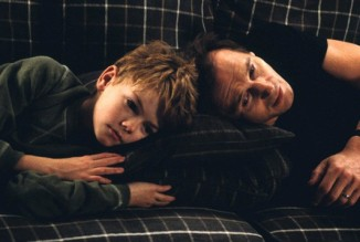 Thomas Sangster Liam Neeson Love Actually