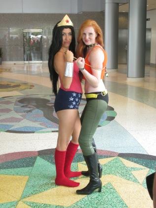 Wonder Woman meets Aquawoman!!