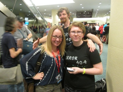 Writer @LesLivingston meets Artist @StrawberryFinn again, with a giant behind them!!