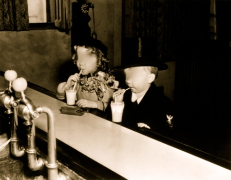 Ice cream parlour kids blurred