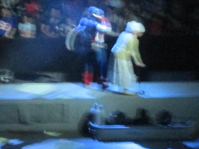 2 MUL Cap helping old lady cross street