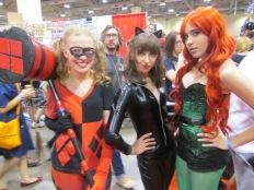 Harleyquinn meets Catwoman meets Poison Ivy!!