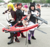 Three ladies with a red scythe!