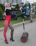 Harleyquinn's got a hammer!!